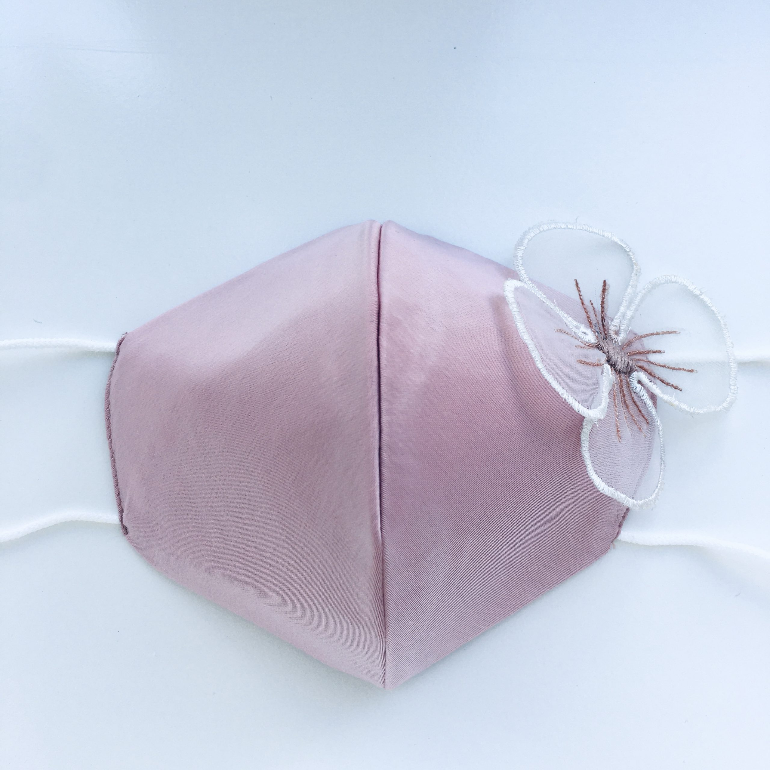 Protective face mask soft pink with flower